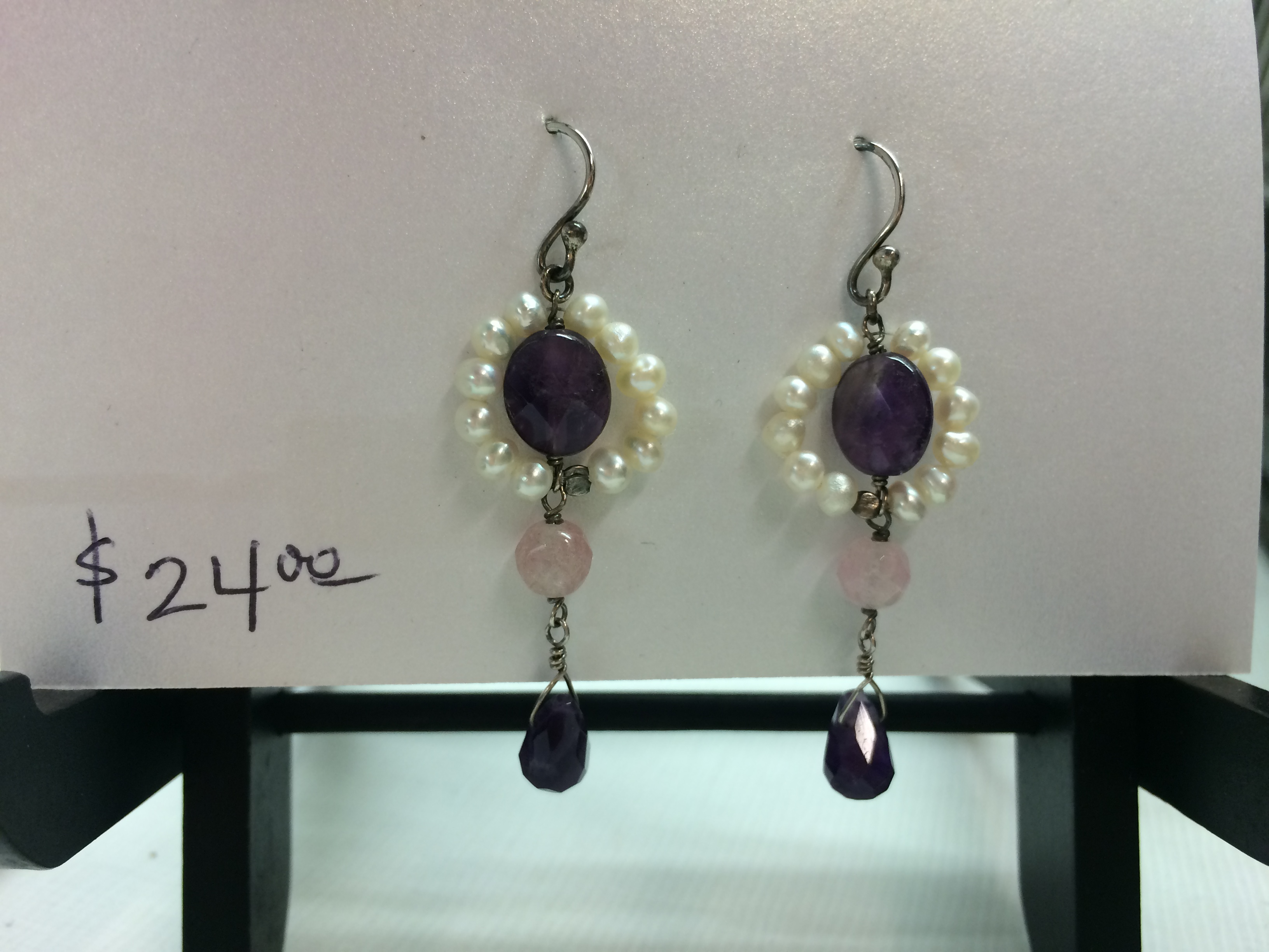 Seed pearl and amethyst dangle earrings